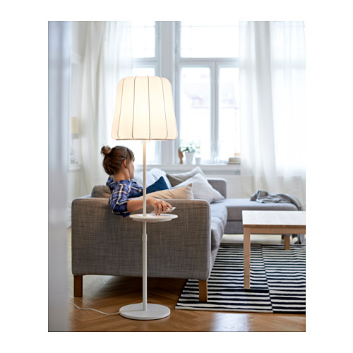 varv-floor-lamp-w-pad-wireless-charging__0371029_PH124169_S4.JPG