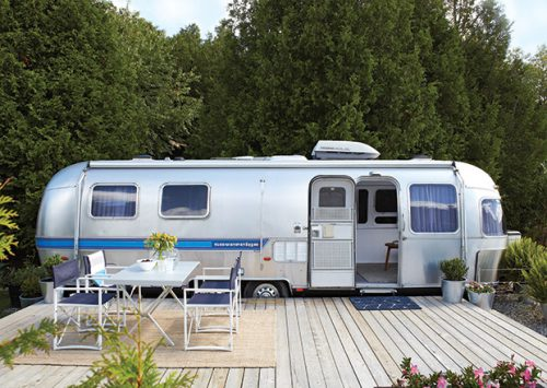 Airstream-Makeover-exterior-overall-HH_JL15
