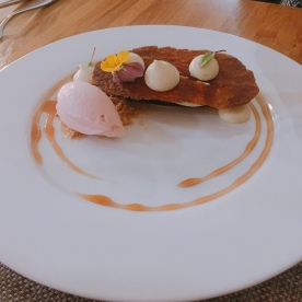 Restaurant M - Mille feuille with vervain, white peach and sorbet