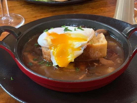 Meurette egg in red wine sauce